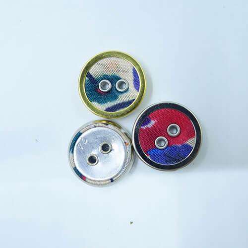 fabric-metal-button-covered